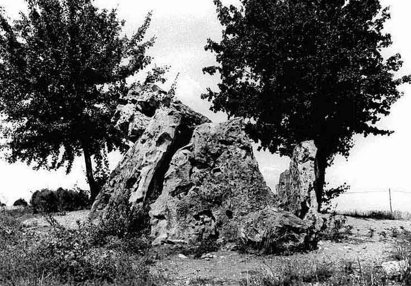 Dolmen de la Pierre Chaude
