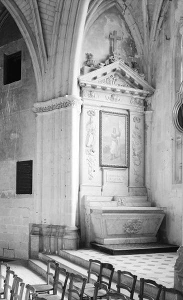 Autel secondaire du Bienheureux Charles de Blois (autel, degré d'autel, gradin d'autel, retable, tabernacle, tableau)