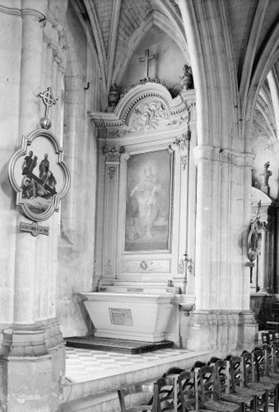 Autel secondaire Saint-Pierre (autel, degré d'autel, 2 gradins d'autel, retable)