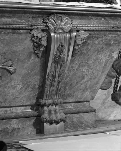autel et gradins d'autel du maître-autel