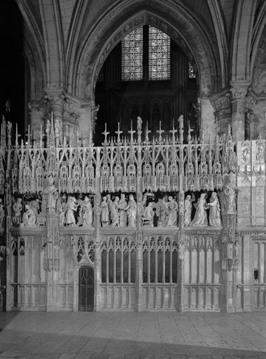 Suite des 40 groupes sculptés du Tour du choeur : Vie de la Vierge et vie du Christ