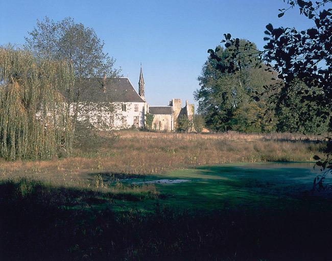 Abbaye de cisterciens actuellement château