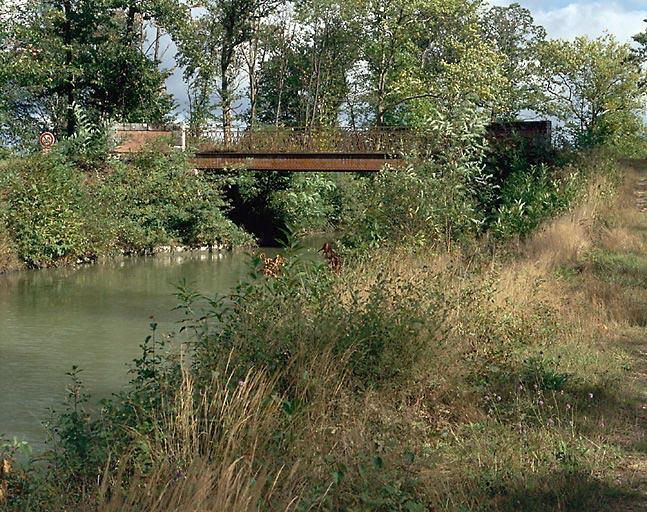 Pont de Doisne (canal de la Sauldre)