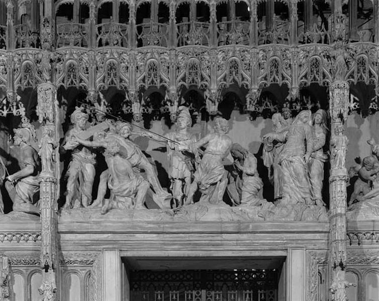 Groupe sculpté : Elévation de la Croix