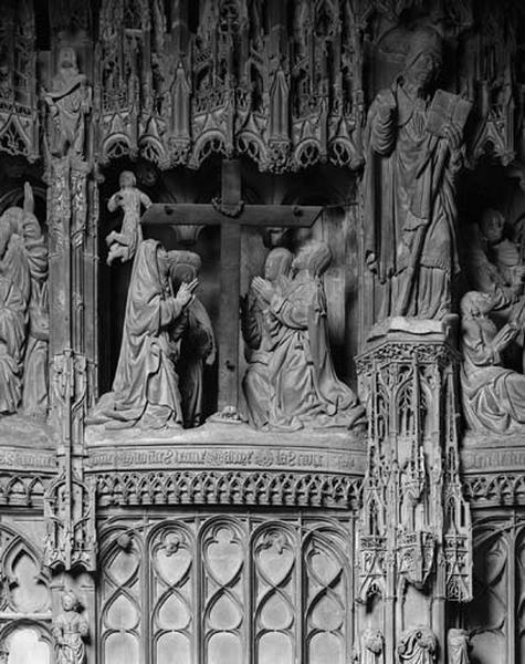 groupe sculpté : Adoration de la Croix