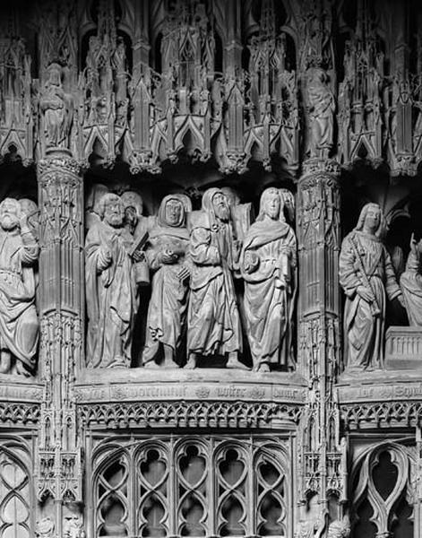 groupe sculpté : Funérailles de la Vierge