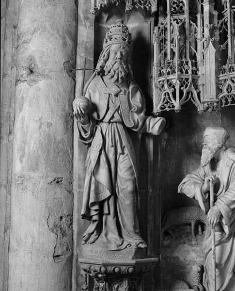 ensemble des statues des contreforts du Tour du choeur : Dieu le Père, Evêques de Chartres