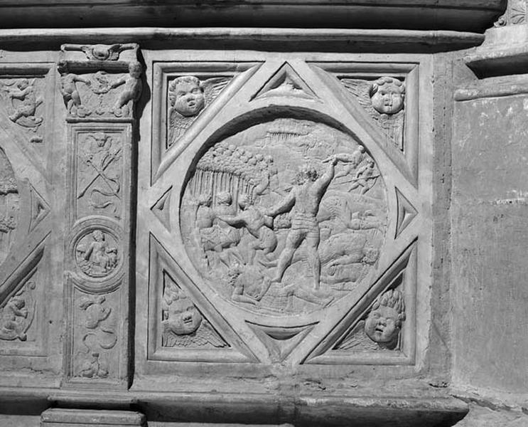 médaillon : Samson tuant les Philistins à l'aide d'une mâchoire d'âne