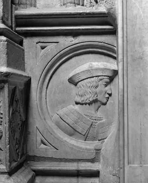 Médaillon : le roi Louis XII