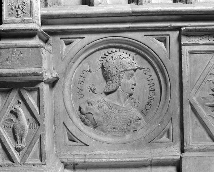 Médaillon : l'empereur Domitien