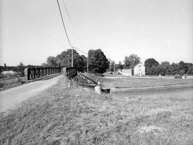 Site d'écluse de l'Etang (canal latéral à la Loire)