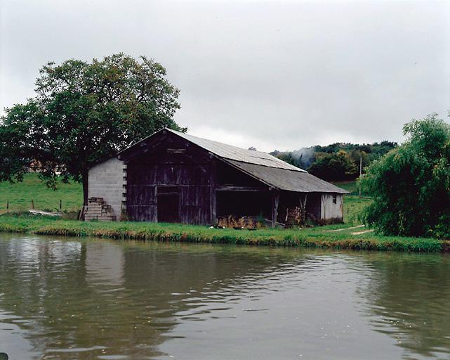 Remise à bateau (canal latéral à la Loire)