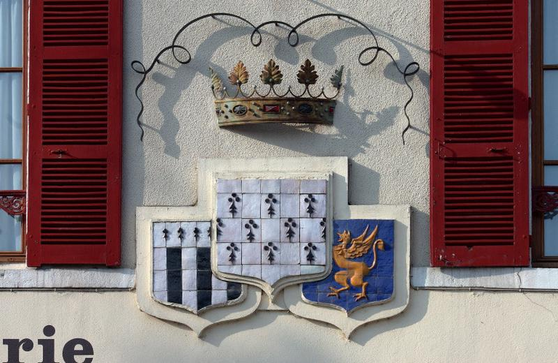 ensemble de 6 blasons : armoiries de Bretagne