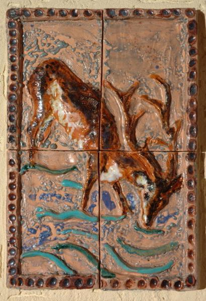 ensemble de 5 plaques décoratives : cerf, biche, piscine de Siloé, guérison de Naaman, poissons