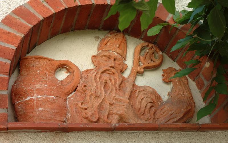 bas-relief : saint Bonet de Clermont