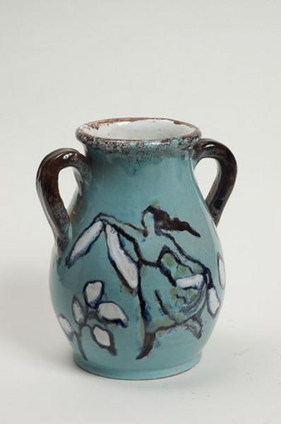 vase décoratif : la danse et joueur de pipeau