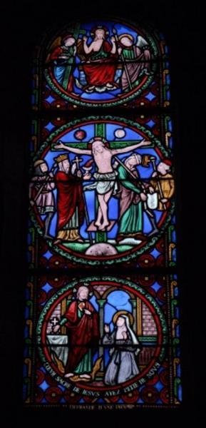 Verrière représentant le Sacré-Coeur, la Crucifixion et le Christ en gloire