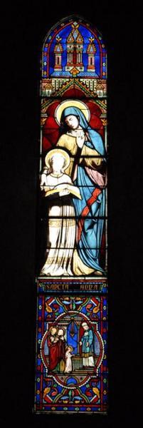 Verrière représentant l'éducation de la Vierge par sainte Anne