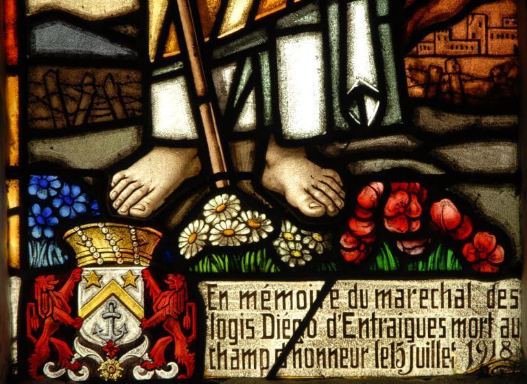 Verrière représentant le Christ et la Vierge