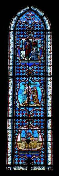Verrière représentant des scènes de la Passion et l'apparition du Christ à sainte Marguerite-Marie Alacoque