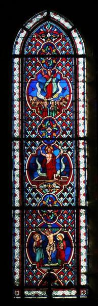 Verrière représentant la Crucifixion, la Résurrection et l'Ascension du Christ