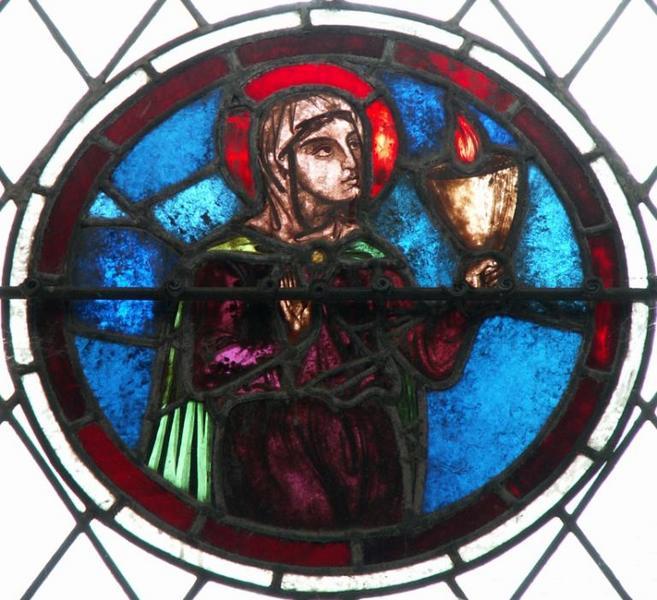 Verrière figurant une Vierge sage en buste