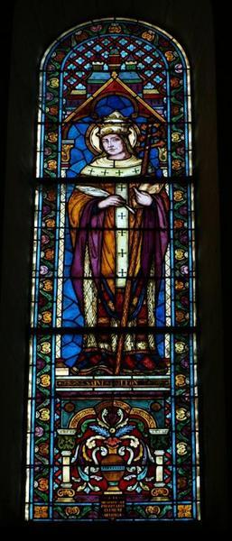 2 verrières représentant saint Léon et saint Alfred