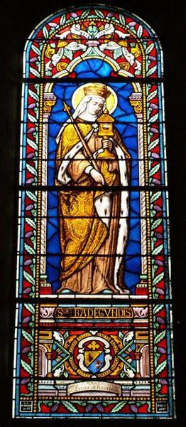 Verrière représentant sainte Radegonde