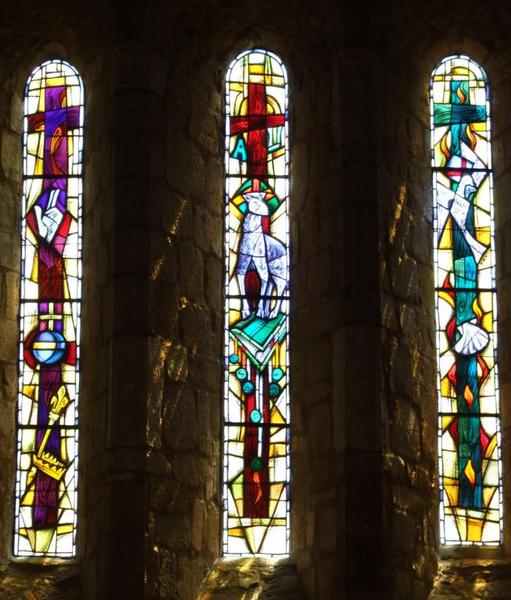 4 verrières illustrant le thème de la sainte Trinité