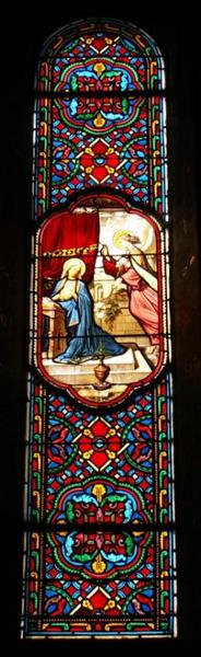 2 verrières représentant la Présentation de Marie et l'Annonciation