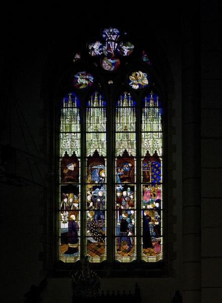 Verrière représentant le sacre de Charles VII à Reims