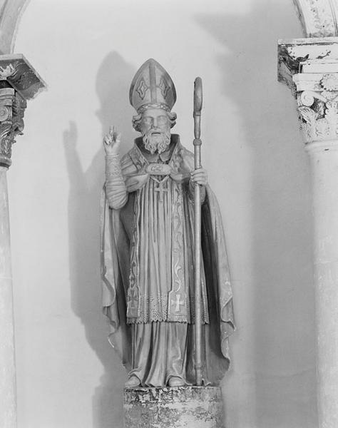 Statue (grandeur nature) : saint Martin