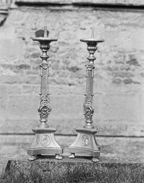 ensemble de 6 chandeliers d'autel (garniture d'autel)