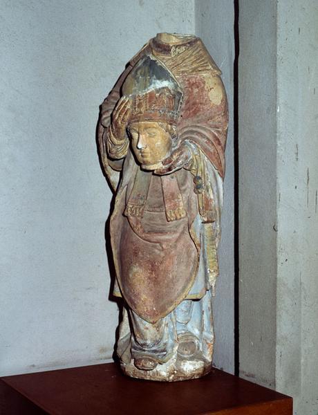 statue : Saint Clair