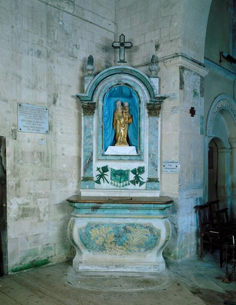 ensemble du maître-autel de Notre-Dame de bonne voie: autel secondaire, retable architecturé