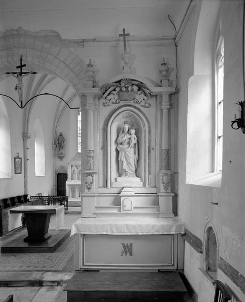 2 autels, retables et tabernacles (autels secondaires de Notre-Dame et de sainte Honorine)