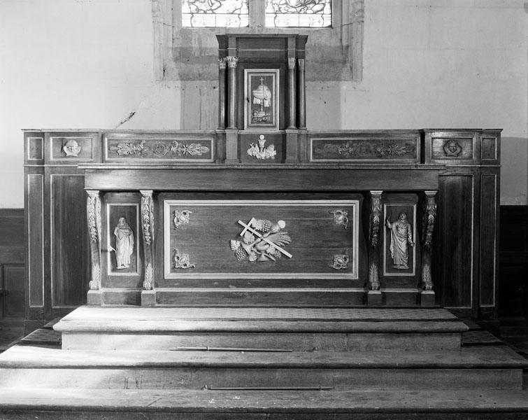 ensemble du maître-autel : autel, tabernacle
