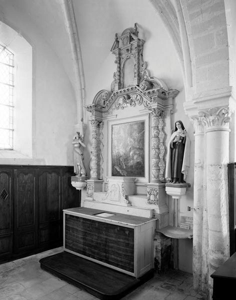 Ensemble de l'autel secondaire Notre-Dame : autel, retable architecturé, tabernacle