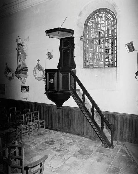 chaire à prêcher (d'applique, suspendu)