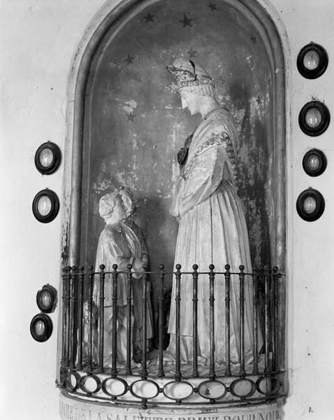 Groupe sculpté : Apparition de la Vierge de la Salette