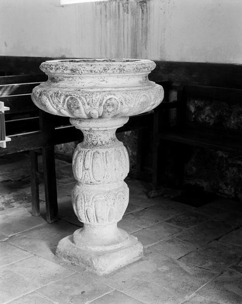 Fonts baptismaux (cuve baptismale à infusion)
