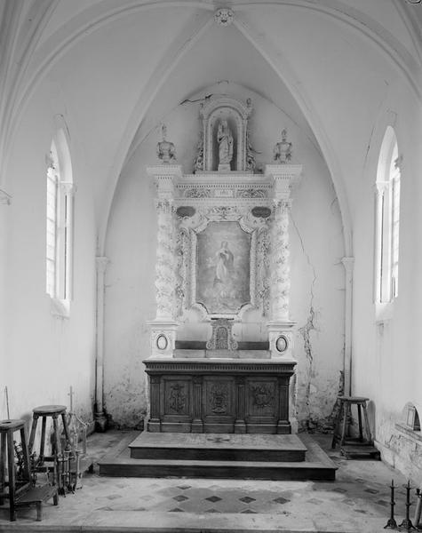 ensemble du maître-autel : autel, retable architecturé, tabernacle