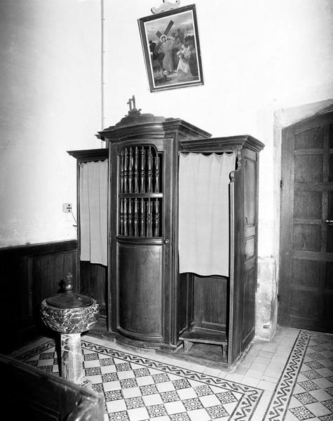 ensemble de 2 confessionaux
