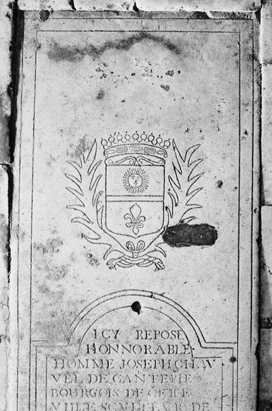 Dalle funéraire de Joseph Chauvel de Cantepie