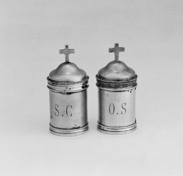 ampoule à saint chrême (boîte à saint chrême), boîte à huile sainte