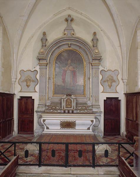 Ensemble du maître-autel (tabernacle, gradins d'autel, retable)