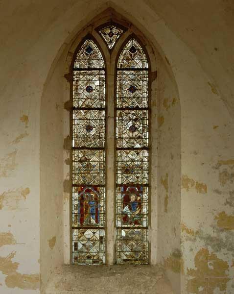 verrière (figurée ; décorative) : Visitation, Sainte Marguerite d'Antioche issant du ventre du dragon
