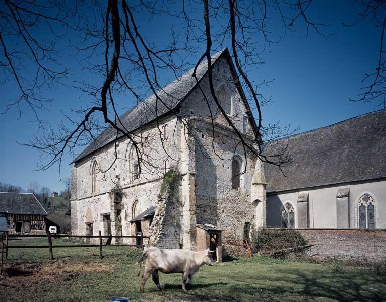 Prieuré Saint-Pierre