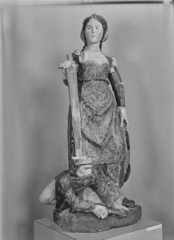 Groupe sculpté : sainte Catherine d'Alexandrie