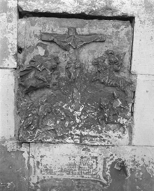 Relief : Crucifixion